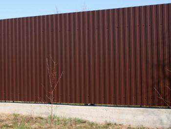 Строим забор вместе – исключительно профессиональный подход на всех этапах монтажа ограждения